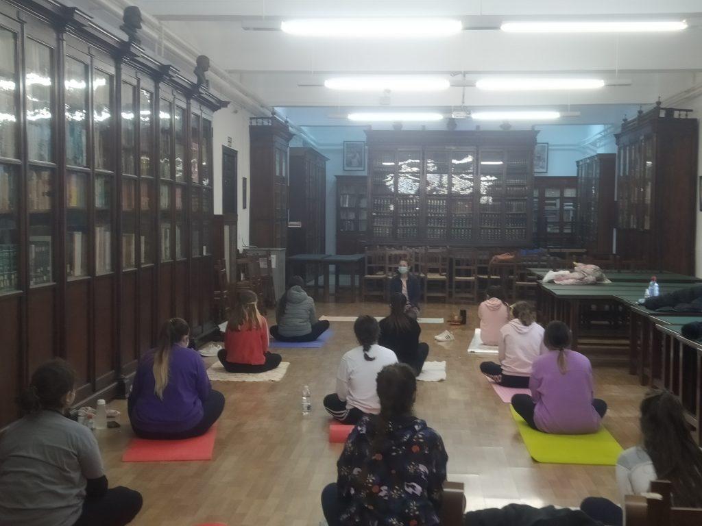 MásterClass de Yoga como estrategia para la gestión emocional